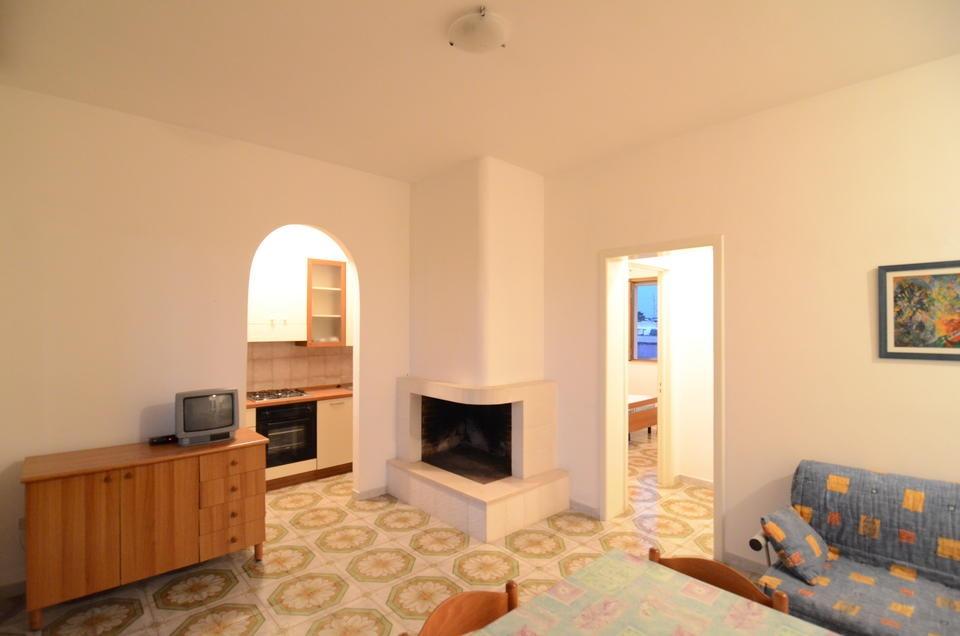 Villette su due piani trilocali in affitto a torre for Appartamenti a due piani